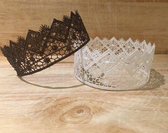QUEENIE Lace Crown