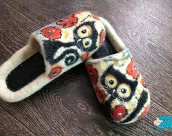 Warm women's felted slippers Cats 100% Handmade