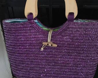 Straw handbag