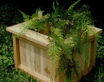 Cedar Planter , Planter Box , Patio Planter , Outdoor Planter , Rustic Planter Garden Planter , Flower Planter