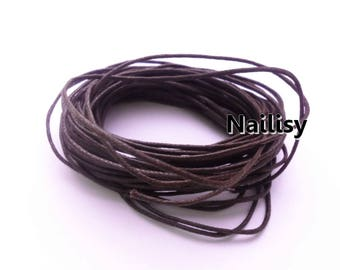 10 meters of REF586 Brown waxed cotton thread