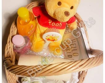 Baby Gift Basket, Hamper with handle, Winnie the Pooh, New mum, Maternity gift, Baby shower