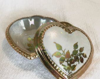 Large White and Gold Lusterware Trinket Box