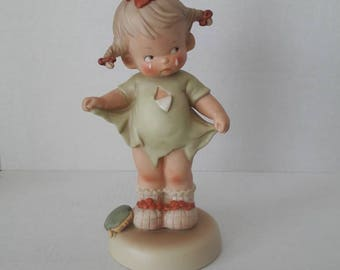 Mommy, I Teared It! / Memories of Yesterday / Girl with Torn Dress / Large Size Porcelain Figurine / 115924 / Enesco Vintage Collectible