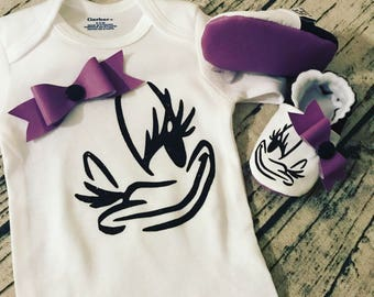 Daisy Duck snap-on bow matching set