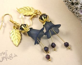 Earrings - blue flowers, Lucite flowers, vintage, elegant, filigree, glass beads, dark blue, gold, unique, handmade