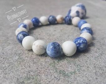 Howlite and Sodalite Crystal Gemstone Bracelet