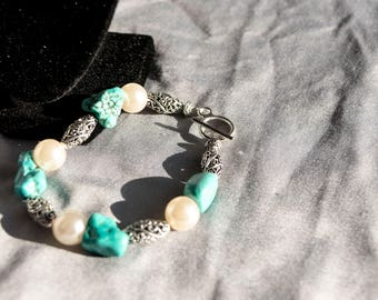 Silver Beaded Bracelet with Pearl and Turquoise Accents