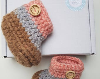 Crochet striped/blue/pink/brown baby boots New baby boots, newborn baby, baby gift, unisex