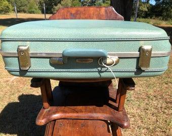 Towncraft Vintage Blue Suitcase