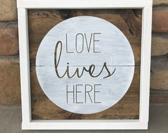 Love Lives Here Rustic Chic Home Decor Wall Sign
