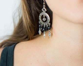 Chandelier Earrings silver, black and crystal color
