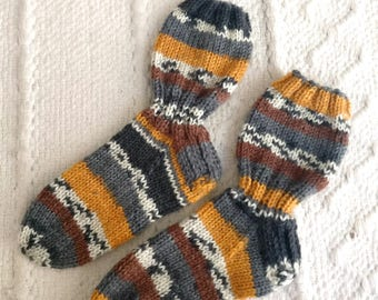 Hand knit children's colorful stripe socks