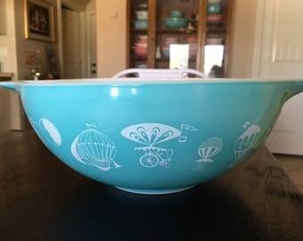 Pyrex Balloon Cinderella Mixing Bowl