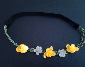 headband with flowers for your ceremony hairstyles