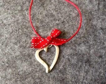Stylized silver metal Heart Necklace