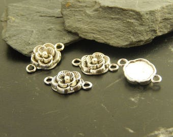 5 antique silver flower connectors