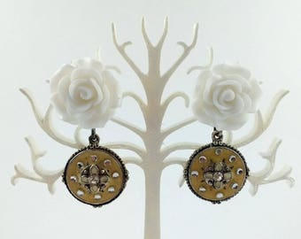 White rose earrings and pendant ethnic