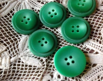 Set of six buttons round vintage 80's