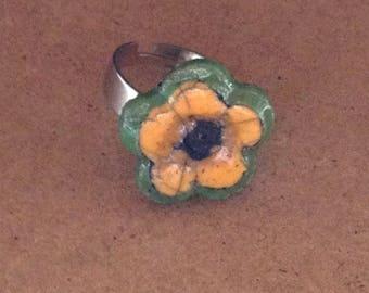 Flower ring yellow and green Raku