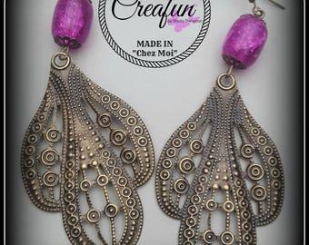 Earrings in bronze and fuchsia Crackle glass bead