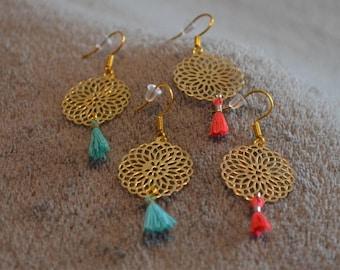 Earrings prints rocaces golden green tassel