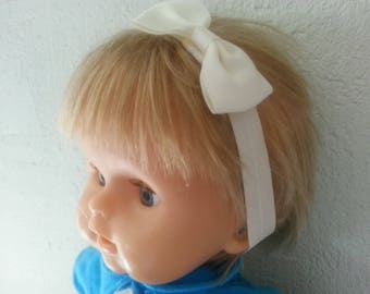 This headband from birth to 3 years white off
