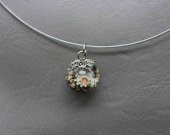 Choker + 1.8 cm resin sphere pendant and shell