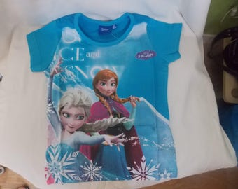 the shirt for the Queen of snow in sky blue