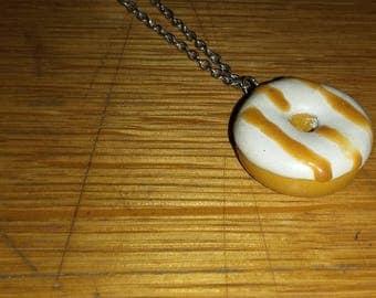 caramel donut necklace