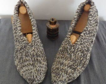 Hand knitted adult slippers, man or woman 38/40