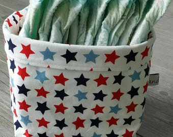 Storage for coats pattern basket star