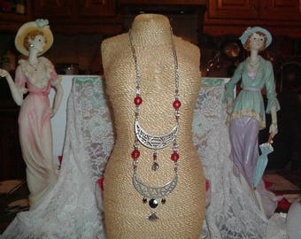 Baroque style silver and Red necklace
