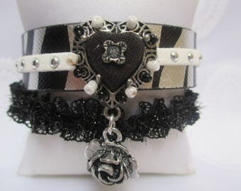 Romantic lace and leather bracelet with heart and rose
