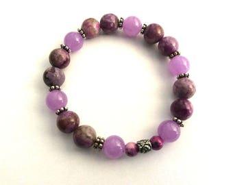 Bracelet pearls gems, sugilites purple and lavender Pearl jade intricately carved bali - gift