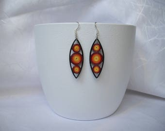 Modern earrings / paper / quilling