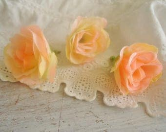 Set of 3 fabric roses, for your creations about 3 cm