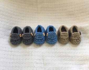 Newborn Loafers with wood buttons