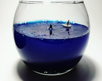 "Gel Candle ""sea depths""."