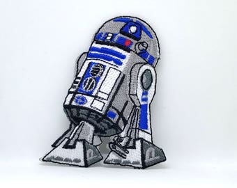 584# Star Wars R2D2 Embroidered Patch Iron/ Sew on NEW Movies Sci-Fi Robot