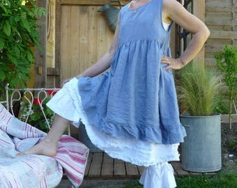 Blue linen dress models Miss Lavender