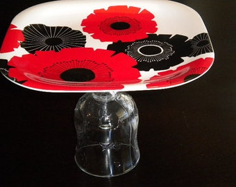 Red and Black Flower Platter