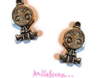 Set of 2 baby boys scrapbooking embellishment charms *.