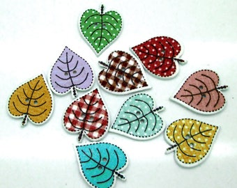 Set of 10 wooden leaf buttons