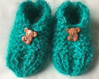 Handmade knitted kids slippers
