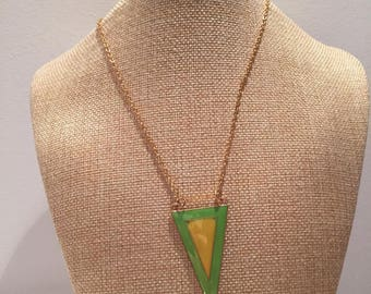 Triangle green yellow gold chain necklace