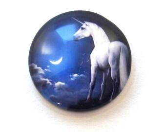 Unicorn (20 mm) glass cabochon
