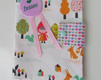 """On order/protects health record girl fabric """"Red Riding Hood"""" with badge personnalisable(prénom, photo, date de naissance etc;...)"""