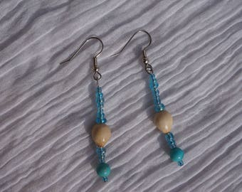 earrings with tropical seeds and semi precious stones