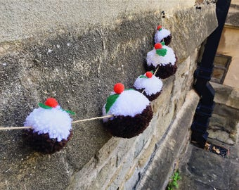 Christmas Pudding pompom bunting